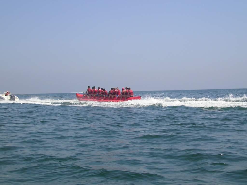 """Ruşii ar putea """"invada"""" plajele litoralului Mării Negre"""