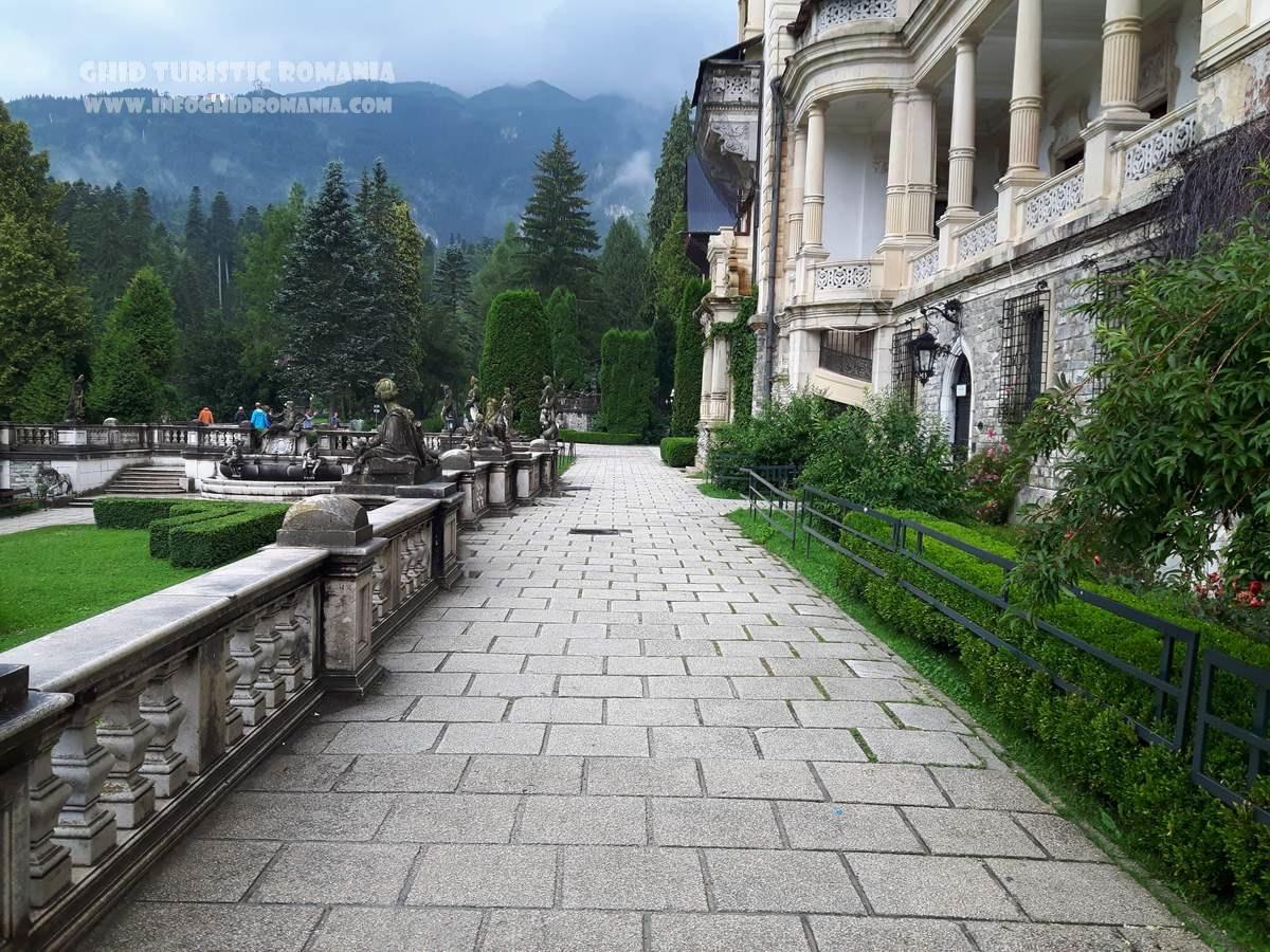 Gradina Castel Peles