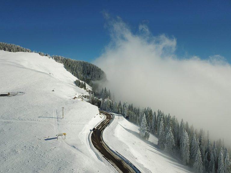 Pârtia de schi din Masivul Rarău va fi inaugurată în 5 ianuarie