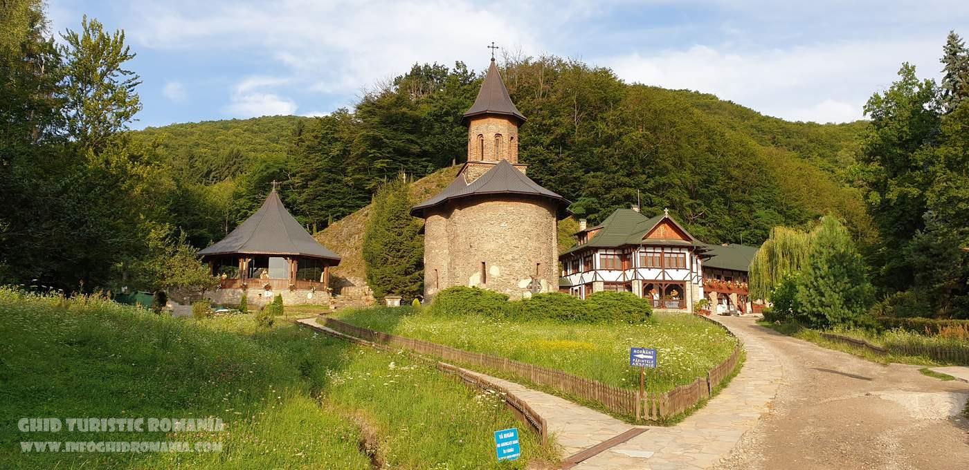 Romania in top 5 AirBNB destinatii turistice pentru 2020